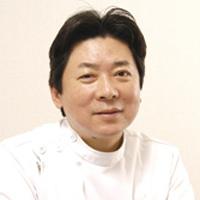 衣笠哲雄医師