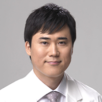高須幹弥医師の画像